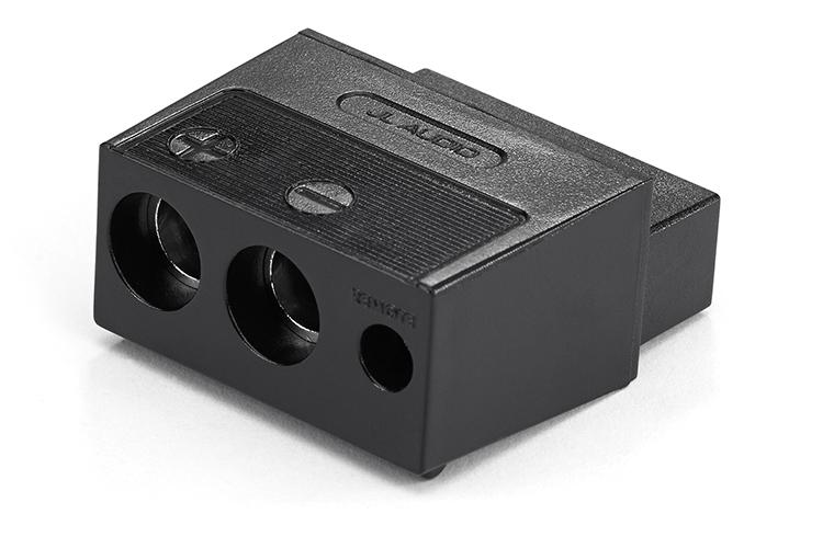 Amplifier Power Plugs